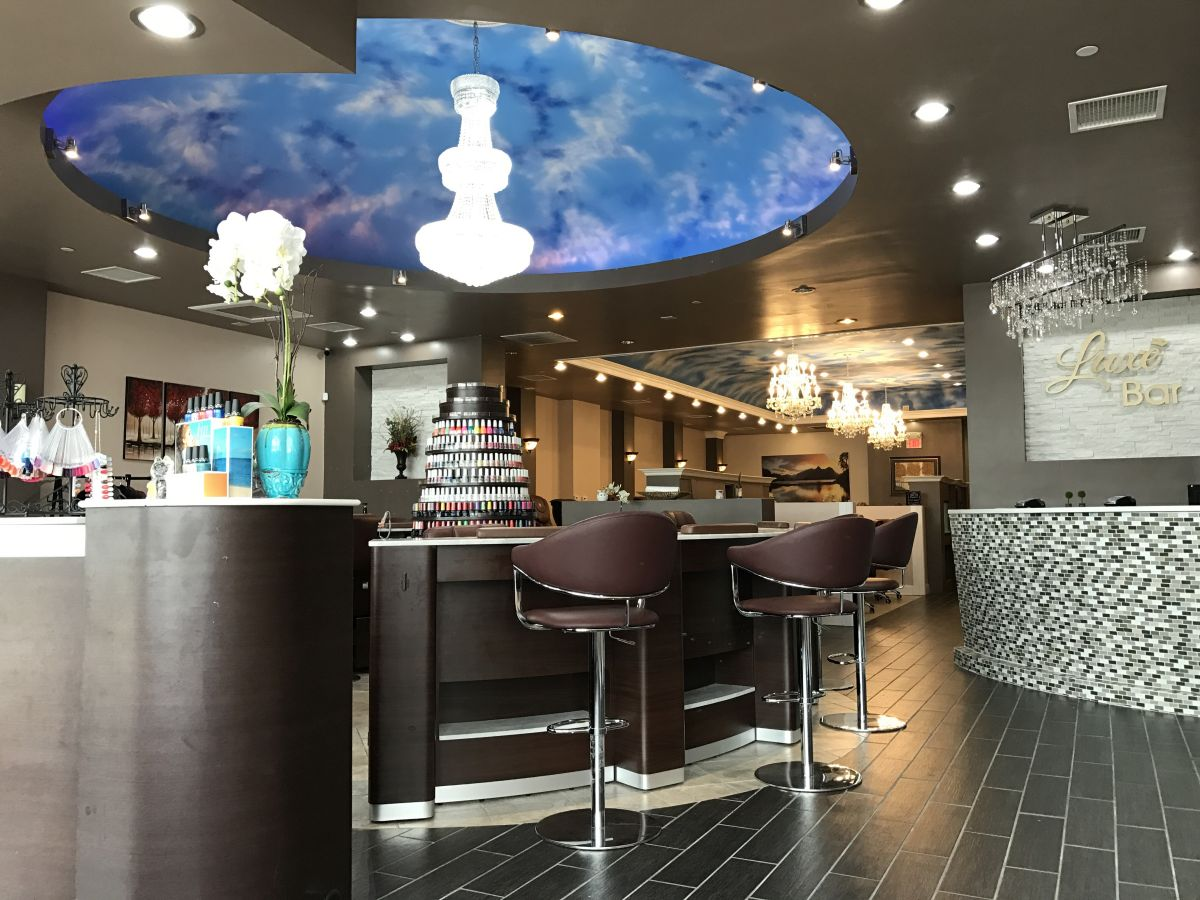 Luxe Nail Bar - Springfield, IL - 62704